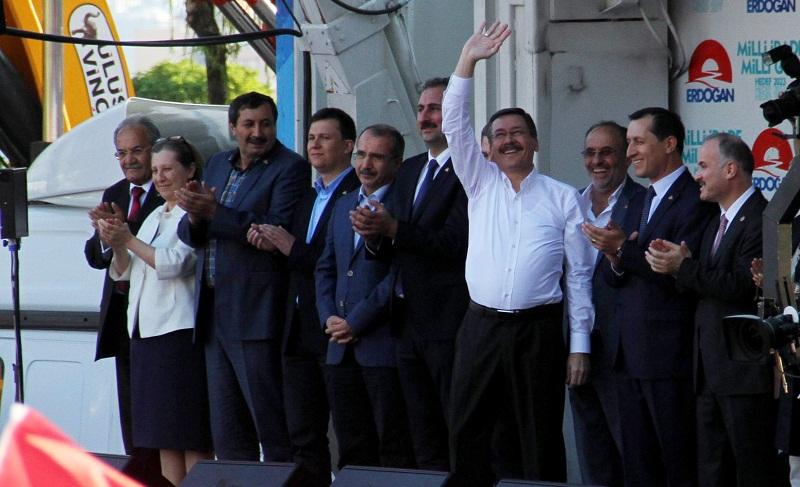 MHP'Lİ BELEDİYE AK PARTİ'YE KATILDI