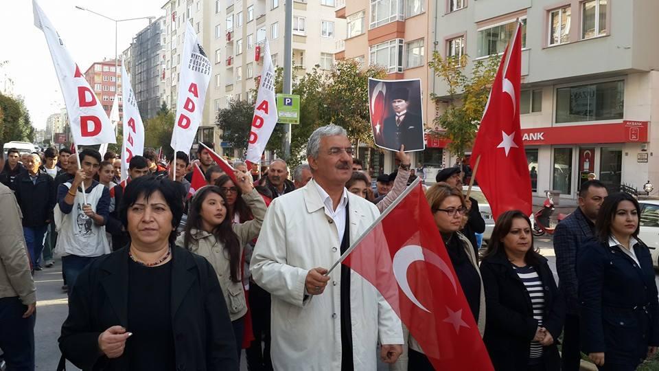 ÇORUM'DA CHP'LİLER ANITA YÜRÜDÜ