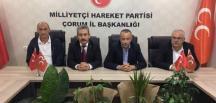 TÜRKAV'DAN MHP'YE TEBRİK ZİYARETİ