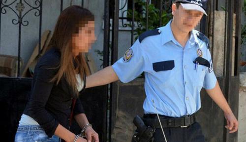POLİS BU KEZ SUÇÜSTÜ YAKALADI