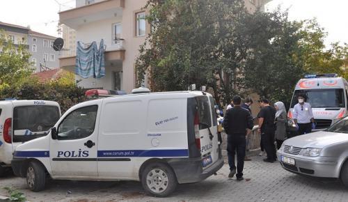 POLİS CANSIZ BEDENİNİ EVDE BULDU