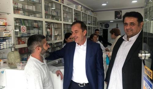 AK PARTİLİ VEKİLLER ESNAFI ZİYARET ETTİ